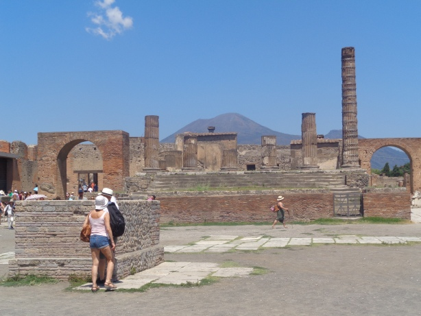The Mount Vesuvius in the background