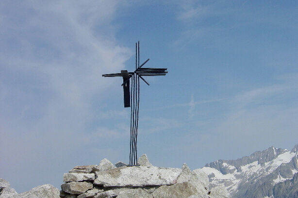Gipfelkreuz Sidelhorn (2764m)  The summit cross of Sidelhorn (2764m)